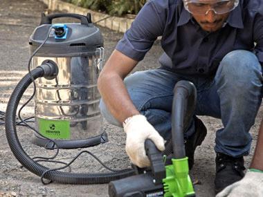 Vacuuming / Blowing - Eibenstock Positron Products
